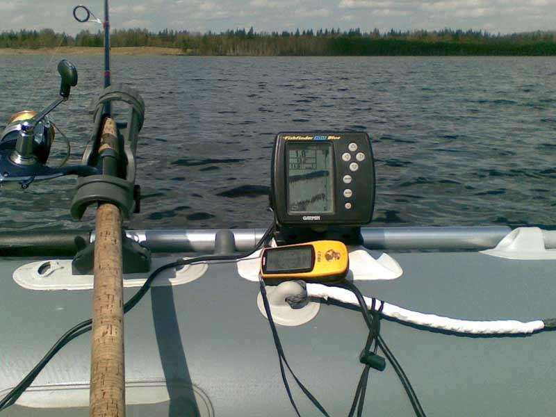 Эхолот для ловли с лодки на Дону